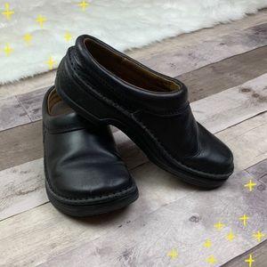 Black Birkenstock slip on clogs size 8
